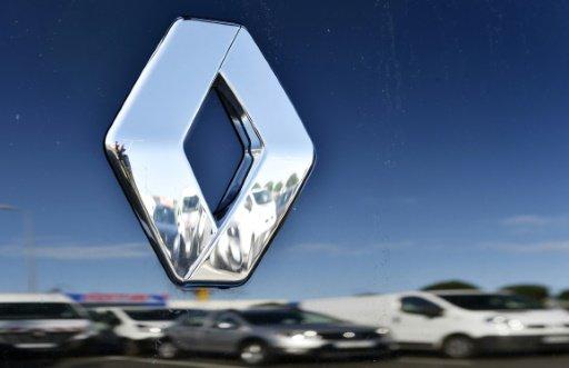 Suite à ses records en 2016, #Renault annonce avoir de grandes #ambitions pour #2022 entermes de chiffre d'affaires!  http:// bit.ly/2kpP2a1  &nbsp;  <br>http://pic.twitter.com/3qAB6Z7BZ4