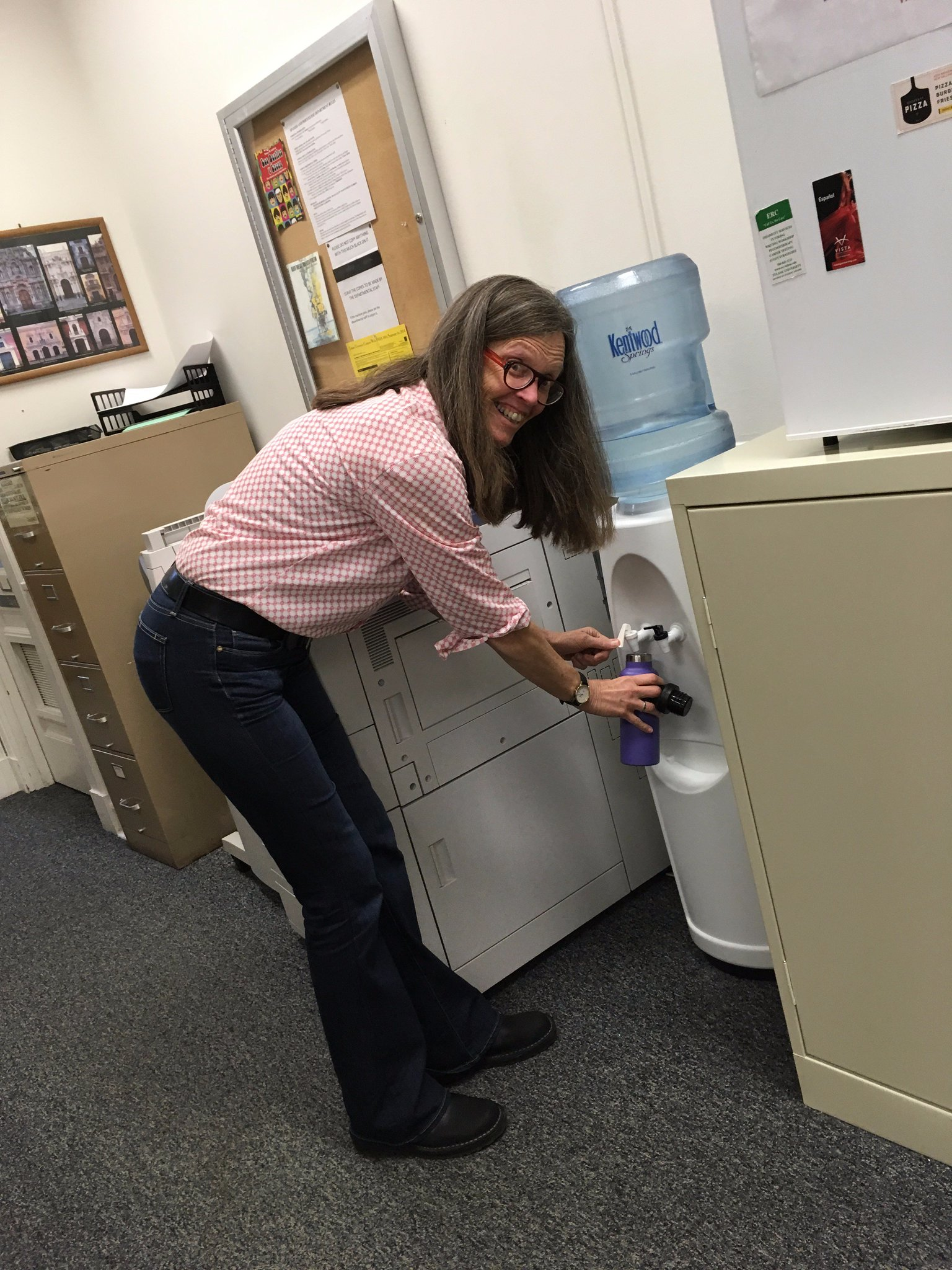 Our department (and our chair, Jean Dangler) reduces waste by filling our bottles from the water cooler! #TulaneRecycles @GreenTulane https://t.co/UBpMy7CHiy