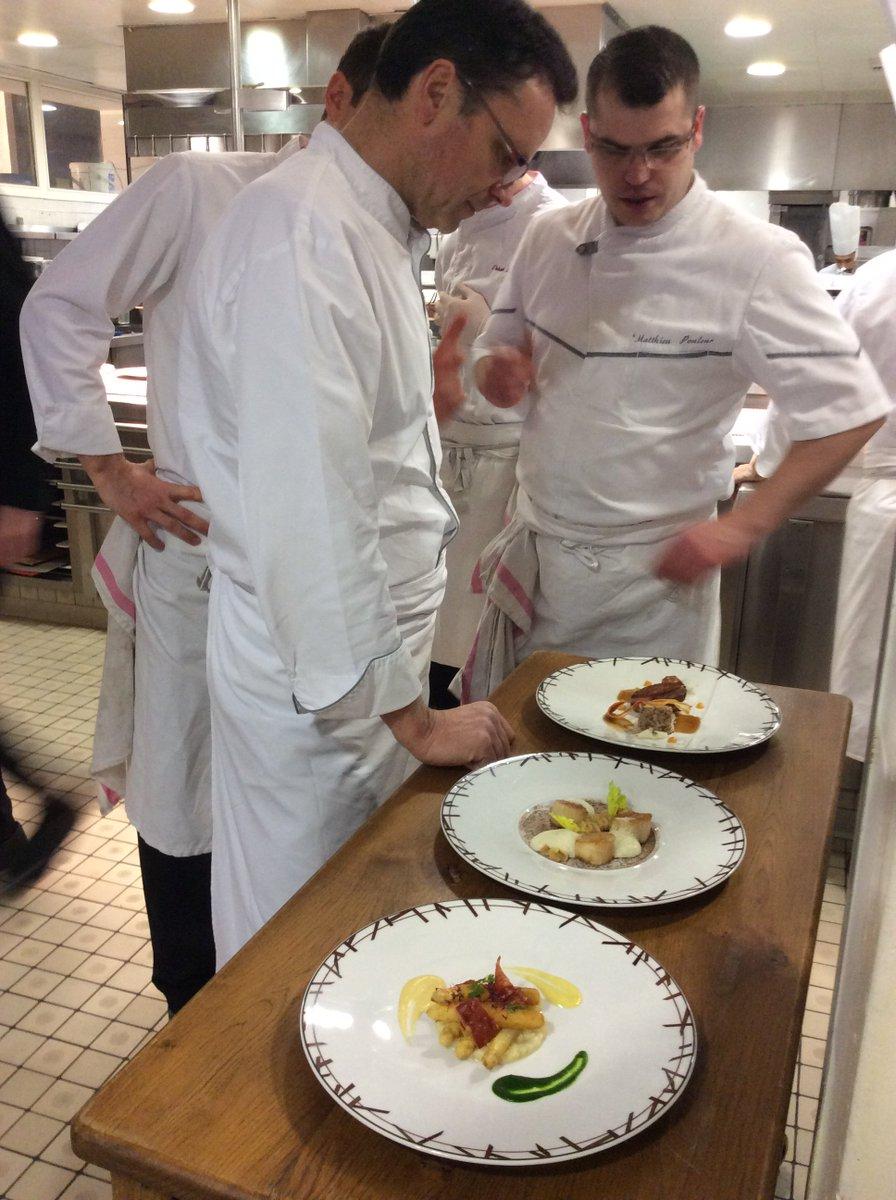 3 nouveaux plats au menu du #déjeuner #Nationale6 de #PatrickBertron au @RelaisChateaux #BernardLoiseau ! #asperges #saintjacques #cannette<br>http://pic.twitter.com/R5TD6PpQ7P