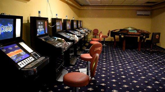 официальный сайт подпольное казино в москве адреса