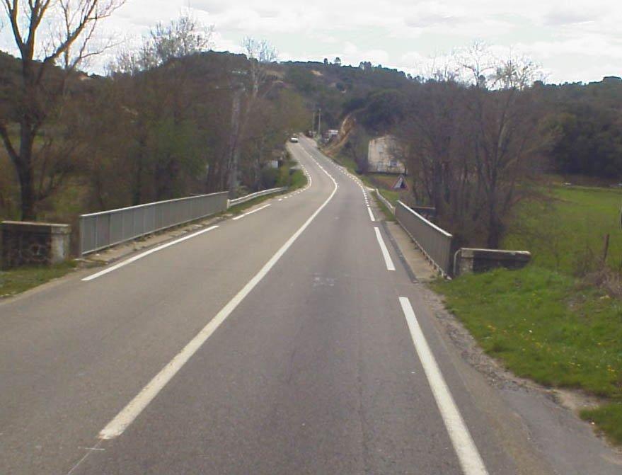 Longs #travaux #RD6 #Gard à #SaintPrivatDesVieux sur le pont de l&#39;avène, 20/02 au 14/04 8h30à17h route alternée, risque bouchons, PRUDENCE!<br>http://pic.twitter.com/IYtxvbmKZj