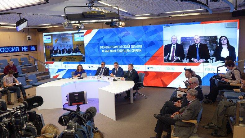 #Astana : un accord sur le mécanisme de surveillance du cessez-le-feu en #Syrie conclu  https:// francais.rt.com/international/ 34135-negociations-astana--syrie-mecanisme-cessezlefeu &nbsp; … <br>http://pic.twitter.com/9pwXaR4wPm