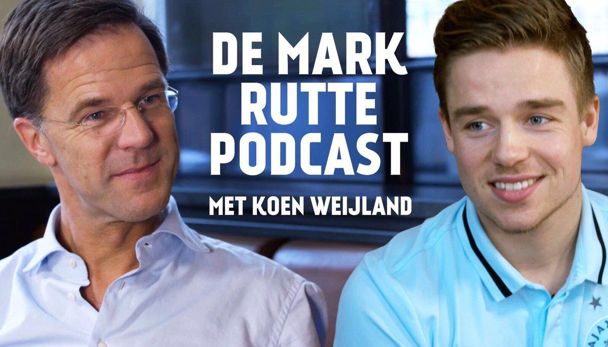 Samen met e-sporter van @AFCAjax Koen Weijland maakte ik een podcast. Kijk mee! http://bit.ly/2kQz2KB