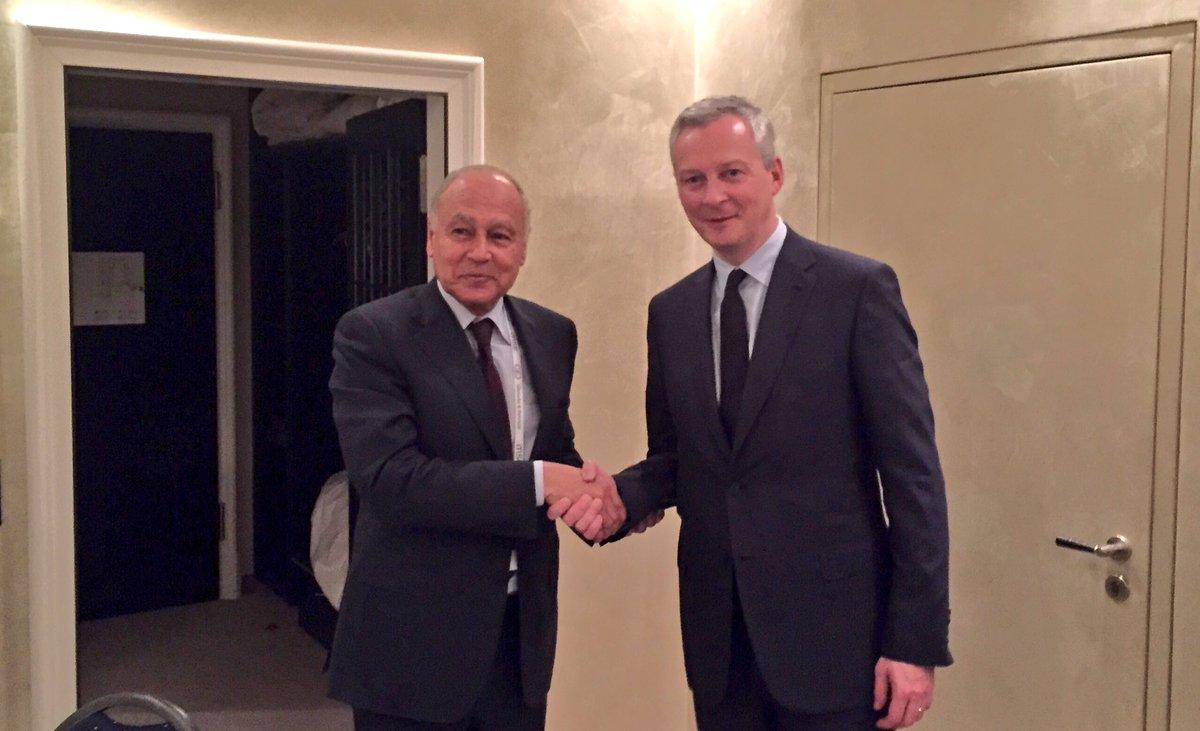 Rencontre avec le secrétaire général de la Ligue arabe Ahmed Aboulgheit : #Syrie et lutte contre le terrorisme. #MSC2017<br>http://pic.twitter.com/akHlqDx9D0