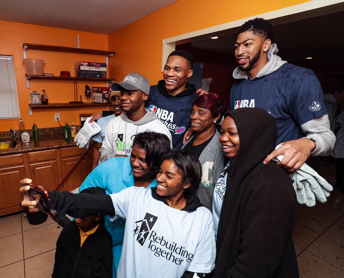 The Joy of helping #nbacares #whynot