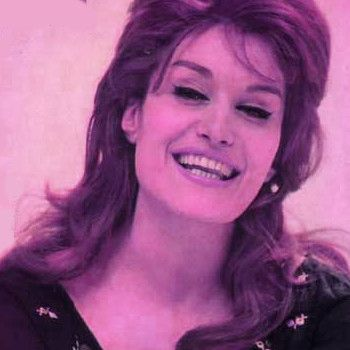 #Dalida -  Histoire d&#39;un amour  Click here to listen to :  http:// buff.ly/2kI8SwO  &nbsp;   #music #pop<br>http://pic.twitter.com/apNxv0Om8w