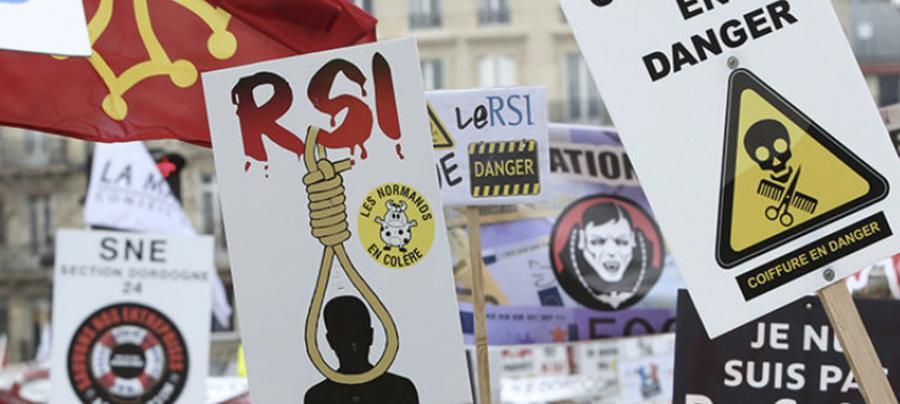 Bourgeoisie d&#39;état : les dirigeants du RSI s&#39;augmentent de 13%  https:// limportant.fr/infos-economie -/2/353763 &nbsp; …  #Economie <br>http://pic.twitter.com/o3TXxvtpIX