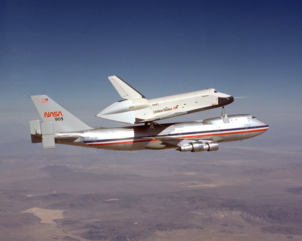#OTD in 1977 the space shuttle Enterprise made its first captive-inactive flight, reaching 287 mph at 16,000 feet. https://t.co/S9T7VchWgp
