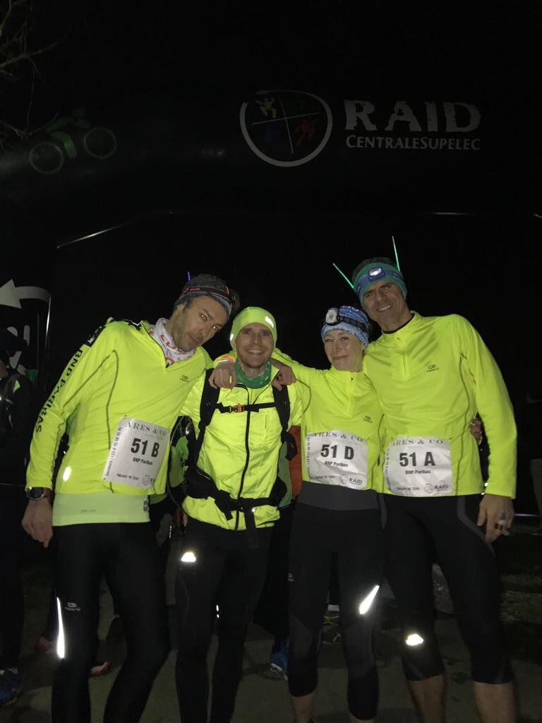 Repos bien mérité pour la teamBNPP 51 après son 1er #trail de nuit réussi du #NND2017 @centralesupelec @bnpp_recrut - À la douche et dodo <br>http://pic.twitter.com/1ZqYfOTQR2