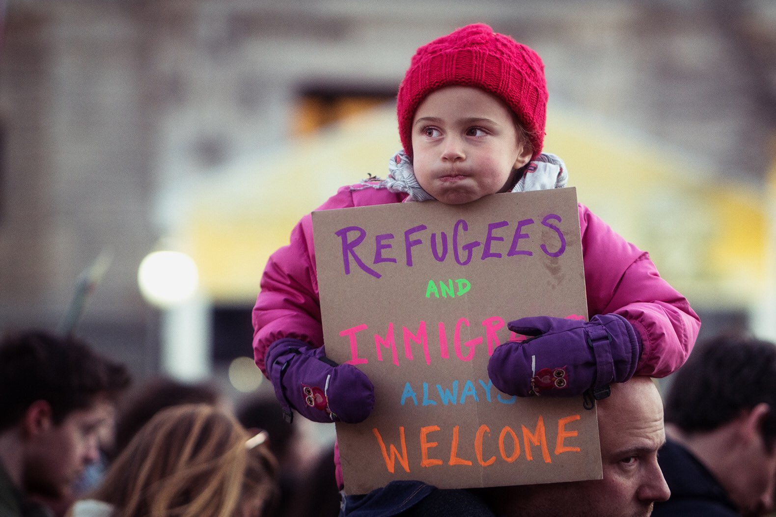 Text REFUGEES to 52886 & stand with refugees! #WithRefugees #UNAatUN @amnestyusa @ircsandiego @UNAUSA #HumanRights #SanDiego https://t.co/kJS7Wl02s9