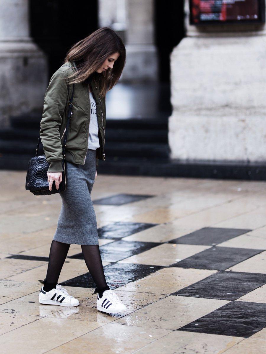 Nouveau #look #outfit #mode #fashion sur le #blog !   http://www. byopaline.com/2017/02/18/kis s-kiss-bang-bang/ &nbsp; …   @Mango @adidasFR @TweetCalzedonia  #fashionblogger #blogger<br>http://pic.twitter.com/Sq8tUni6im
