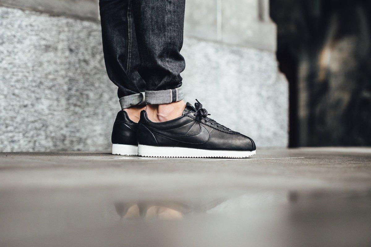 separation shoes d33c8 223f1 Nike Classic Cortez Premium QS TZ - Black Shop now  http   bit.ly 2fyUTrL  pic.twitter.com LbvA7tVDpY