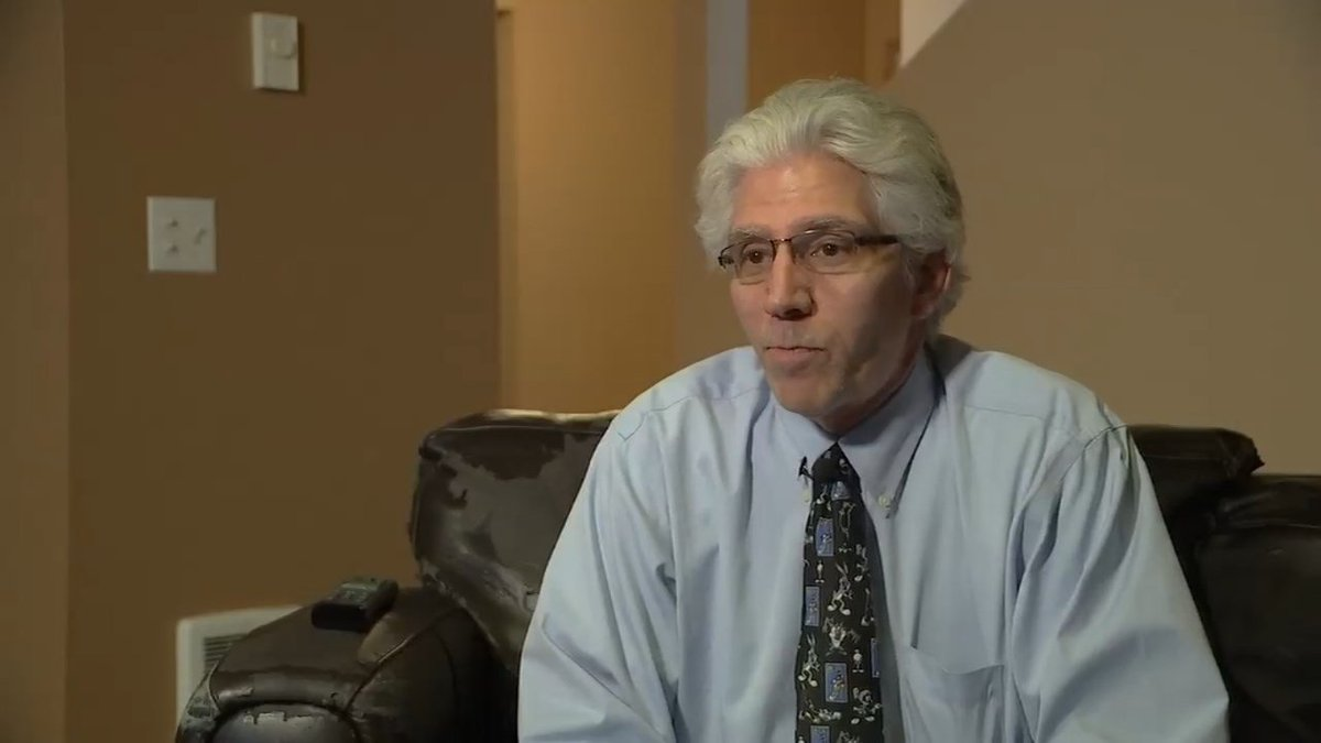 Former Vancouver Chamber of Commerce ambassador defends comments on illegal immigration  http:// dlvr.it/NPx36Q  &nbsp;   #pdx <br>http://pic.twitter.com/4w8kOolvVp