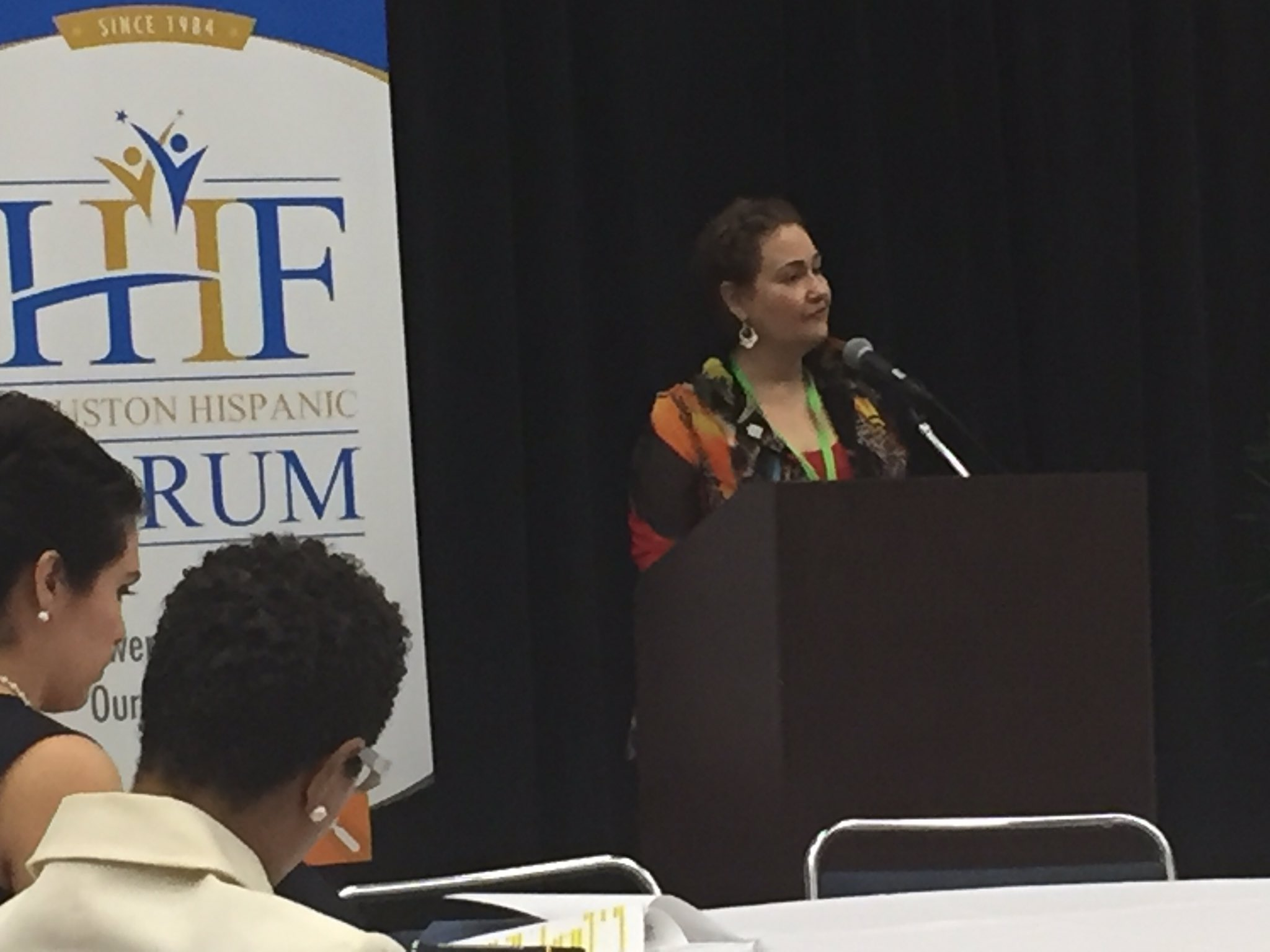 Your future is in your hands. Linda Flores Olson welcome supporters to Houston Hispanic Forum Career & Education Day. #cedhou #futurehouston https://t.co/MNTxck7SIz