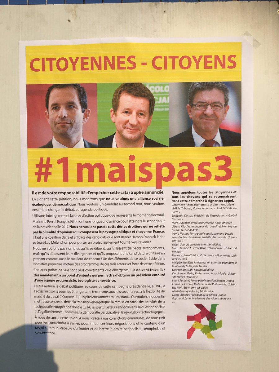 Rassemblement place Clemenceau #Pau pour un appel à une coalition Mélenchon Jadot Hamon #1maispas3 @Robert_PVenin @JuanaKanbo @Torres64David<br>http://pic.twitter.com/LdoRUkRs4T