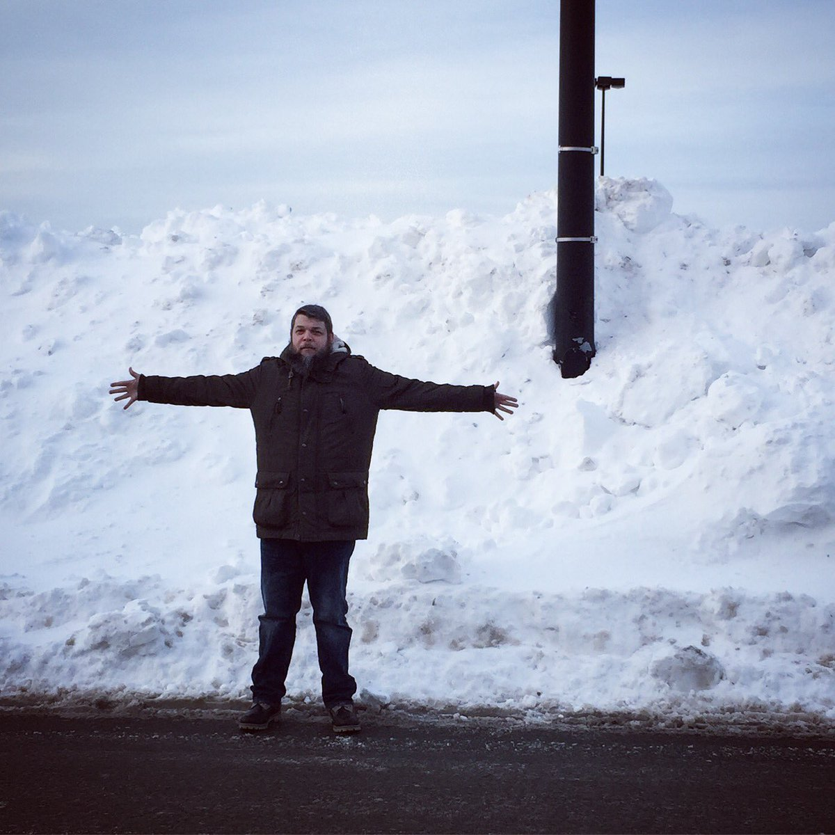 Meanwhile in Canada  #snowpocalypse #halifax #novascotia<br>http://pic.twitter.com/YXGYPaXUKm
