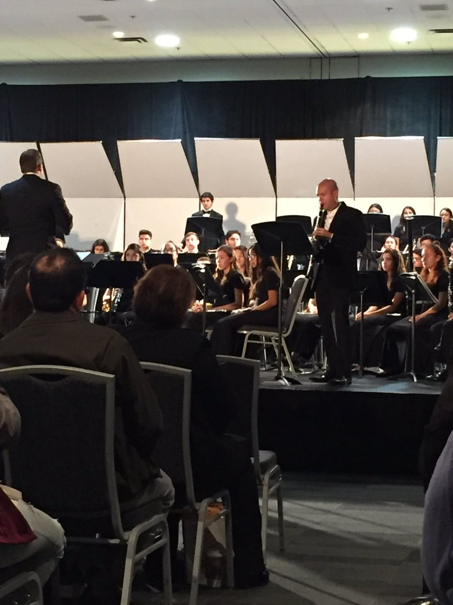 Excellent performance by Juan Gallegos, #Clarinet , &amp; @CCHS_PRIDE Sym #Band. Music of @oscarcomposer @PSUSD<br>http://pic.twitter.com/y3Dd2S7e4N