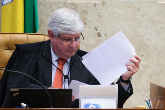 PGR pede abertura de inquérito contra Renan, Jucá, Sarney e Sérgio Machado https://t.co/e8zr0ITVkQ (📷: Arquivo/ABr)