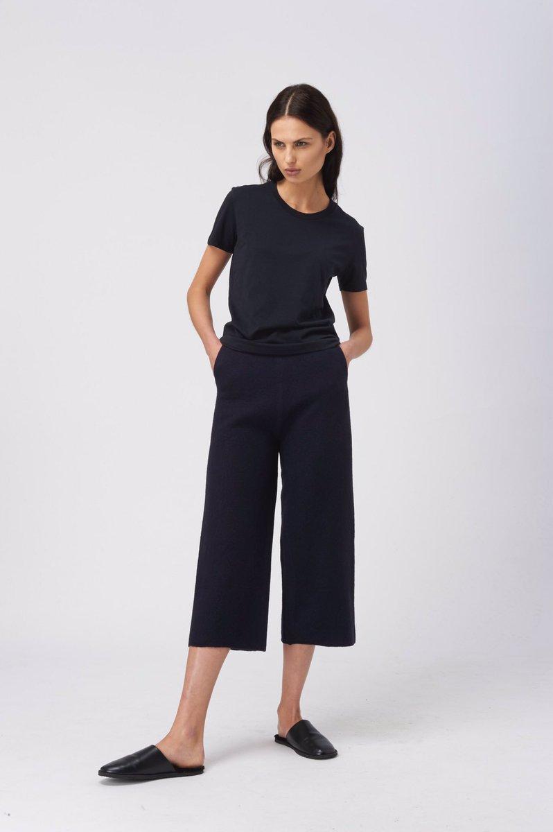 The Alice Navy Wool Culottes by @BlakeLDN - Shop here: https://t.co/u3DxLgpuWx https://t.co/EEVPyqlkfq