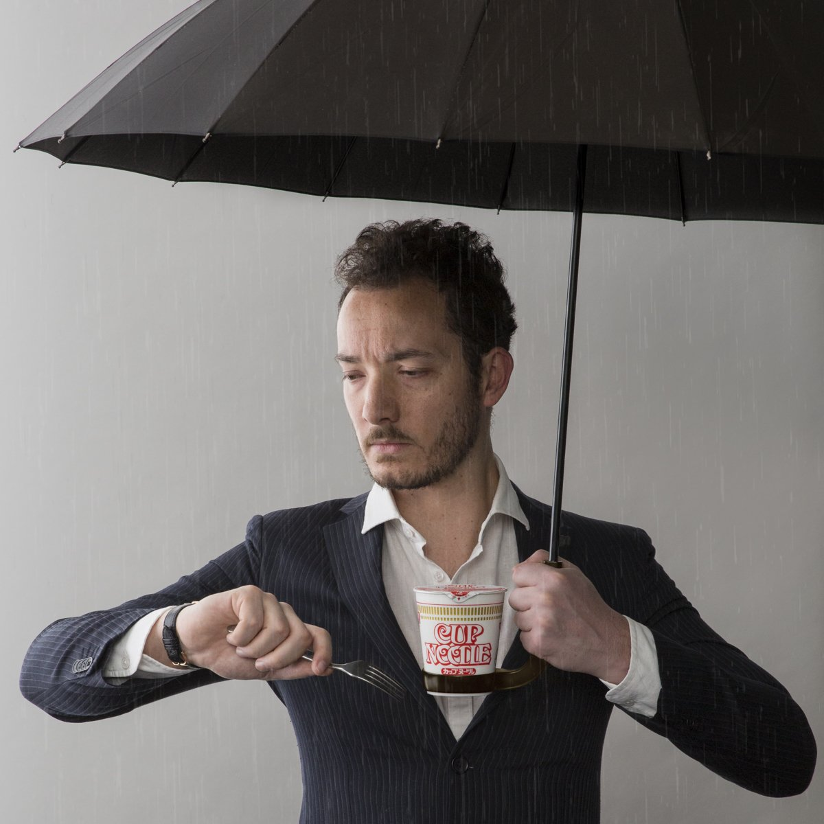 雨デモ食エル