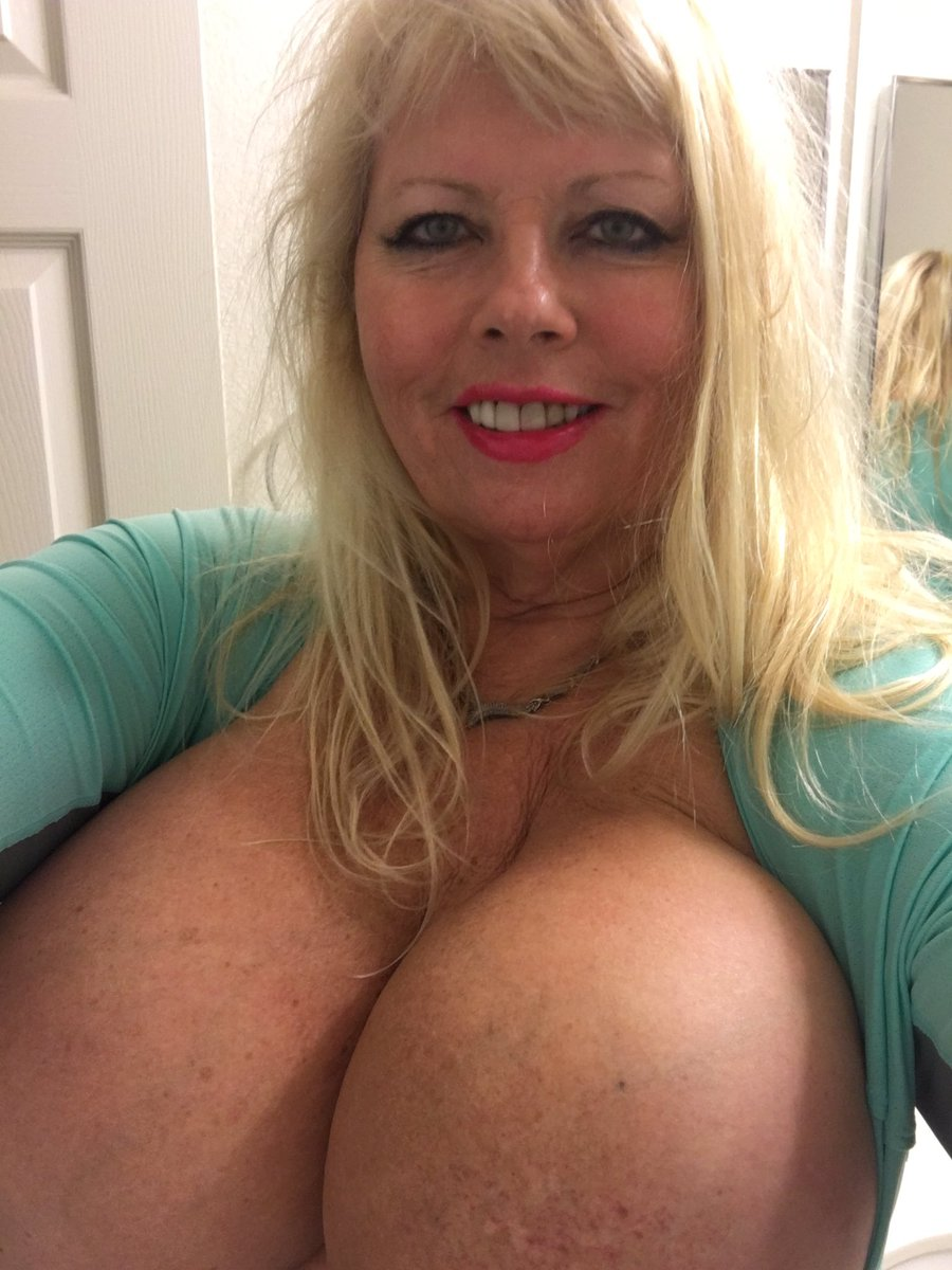 Brunette teacher sucking dick