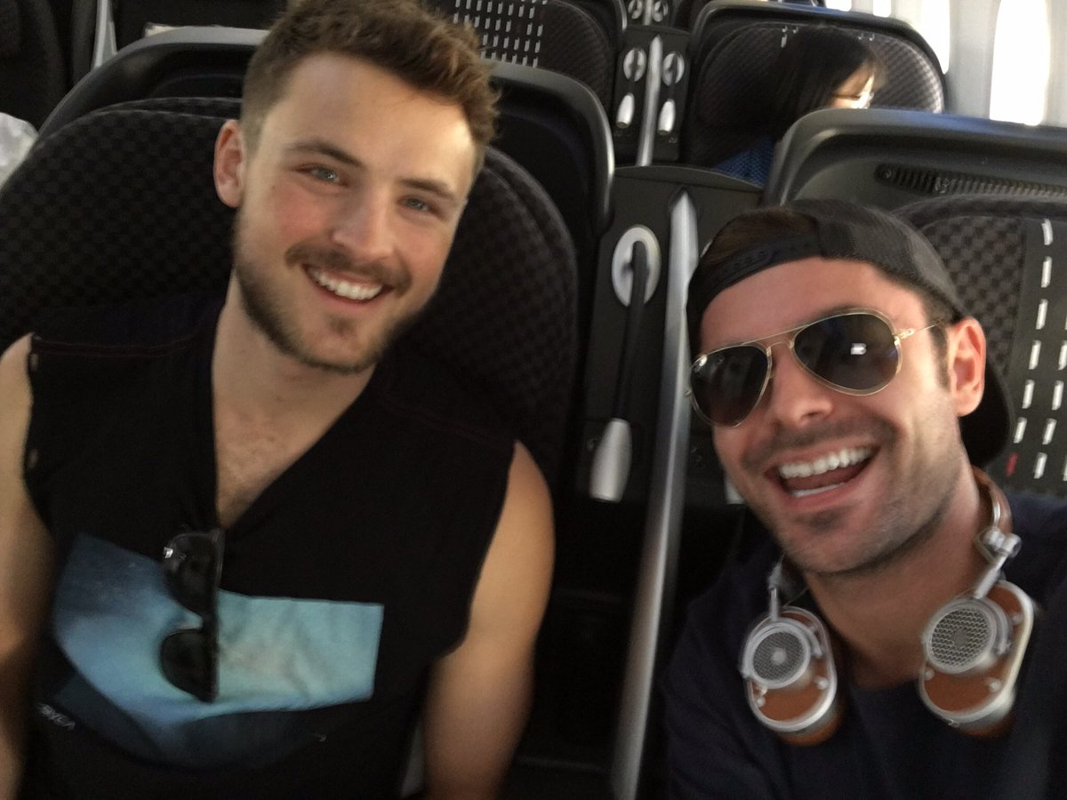 Zac Efron Turns Up the Heat on Boys Trip With Brother ...