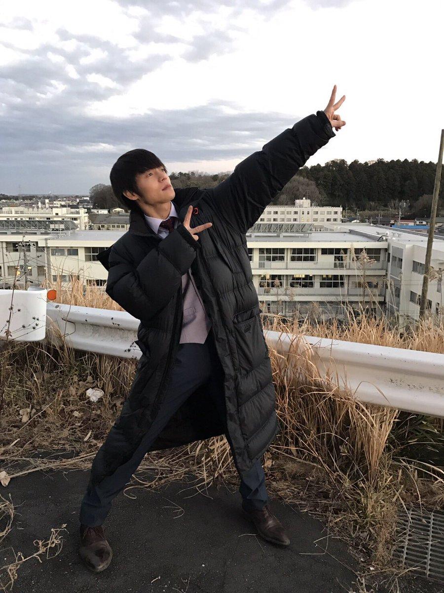 先日の撮影での #窪田正孝 くん✌️快調に撮影中の『#ラストコップ THE MOVIE』🎬公開日の5…