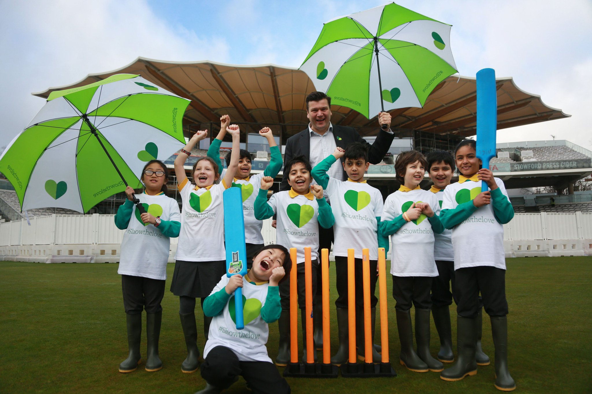 Pitches among places devastated by weathers linked to #climatechange @homeofcricket goes 100% renewable #ShowTheLove https://t.co/lmBY5caKAA https://t.co/2cBG6bTdW6