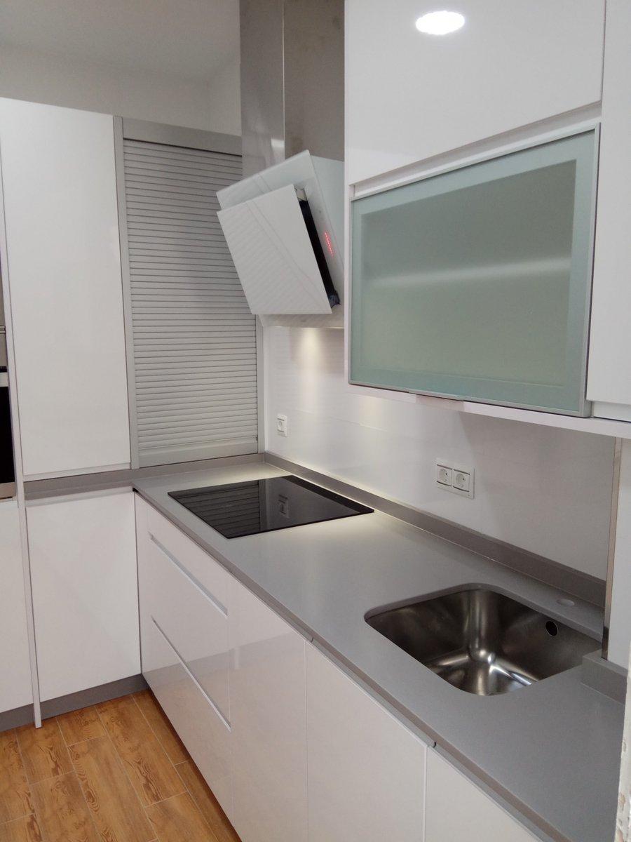 Cocinas jimenez on twitter cocina en formica blanco - Encimera formica ...