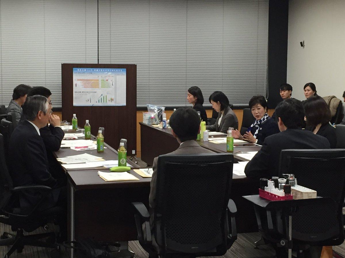 内閣府加藤大臣主催の乳児用「液体ミルク」に関する会議に出席。東日本や熊本の震災で、水や電気、ガスがな…