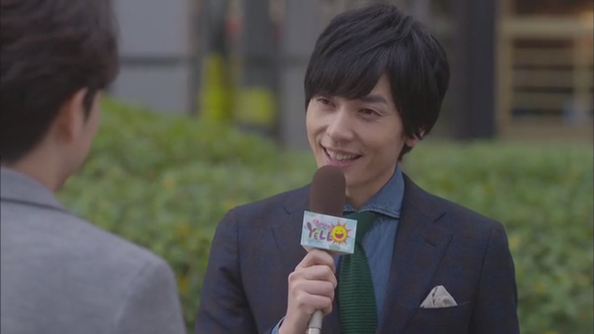 アナウンアサー役の山村隆太さん