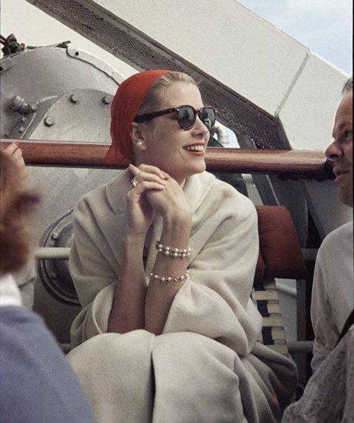 「グレース・ケリー展」大阪・名古屋で - ハリウッド女優からプリンセスになった女性の生涯に迫る fa…