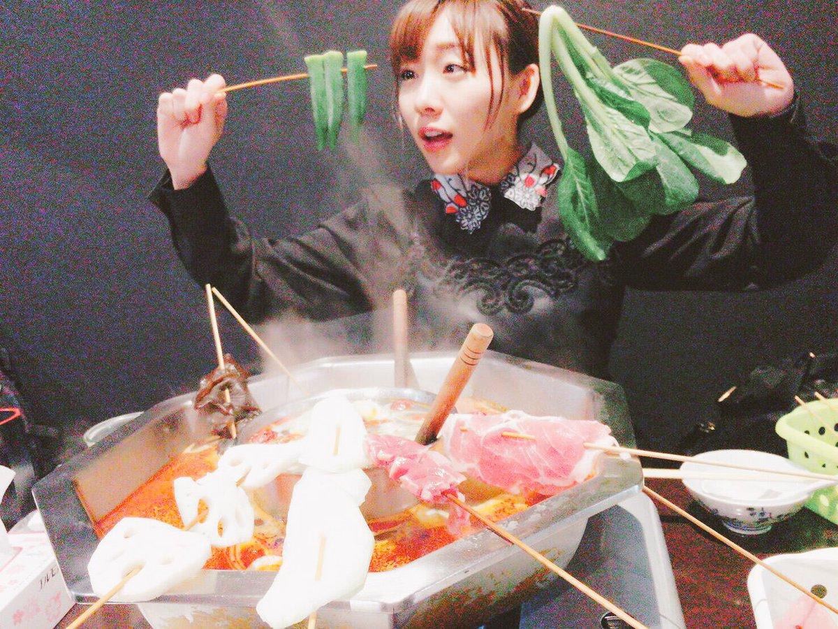 豆腐プロレス撮影終わりにちゅりさんと火鍋⊂((・x・))⊃ 餃子はついつい頼んでしまった。 最近週に…