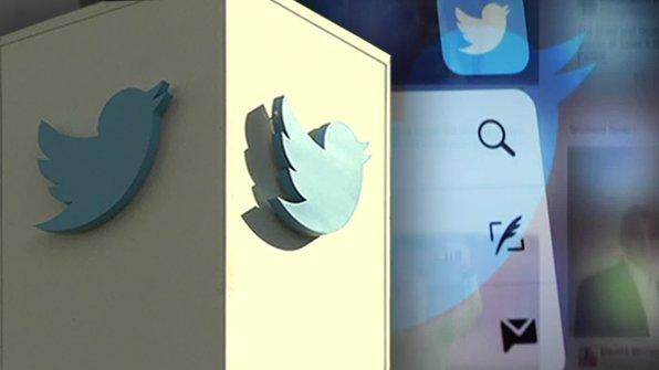 [트위터 증오·욕설 트윗 규제 '안전 조치' 발표] 다른 사람에게 모욕감과 혐오감을 주는 트윗으로 이용 금지가 된 사람에게는 새 계정을 영구적으로 만들 수 없도록 하는 트위터의 새로운 조치가 발표됐습니다. https://t.co/tqHpqMgrnc