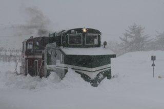ラッセル車の運行が見られます。 小坂鉄道レールパークでは、冬期間の運転体験としてラッセル車(昭和10…