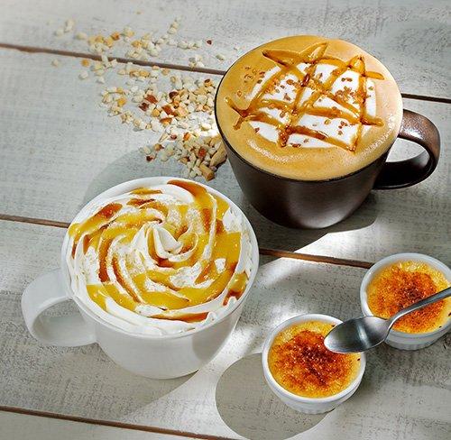 タリーズコーヒーの季節限定ドリンク「アーモンドプラリネソイラテ」と「バニラクレームブリュレラテ」 f…
