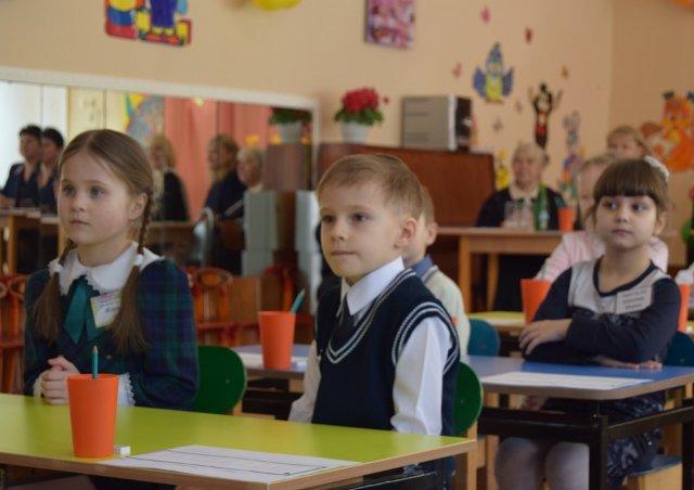 Николай Терехов приветствовал финалистов