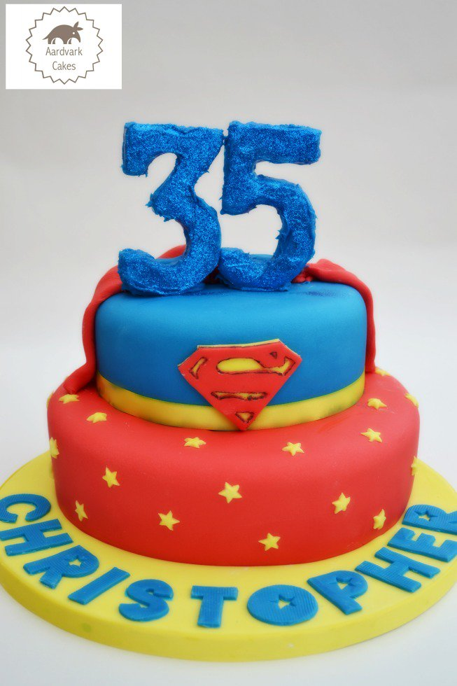 On the blog today, all about the Superman cake https://t.co/qmATNo5ty8 https://t.co/GYh3HYuPke