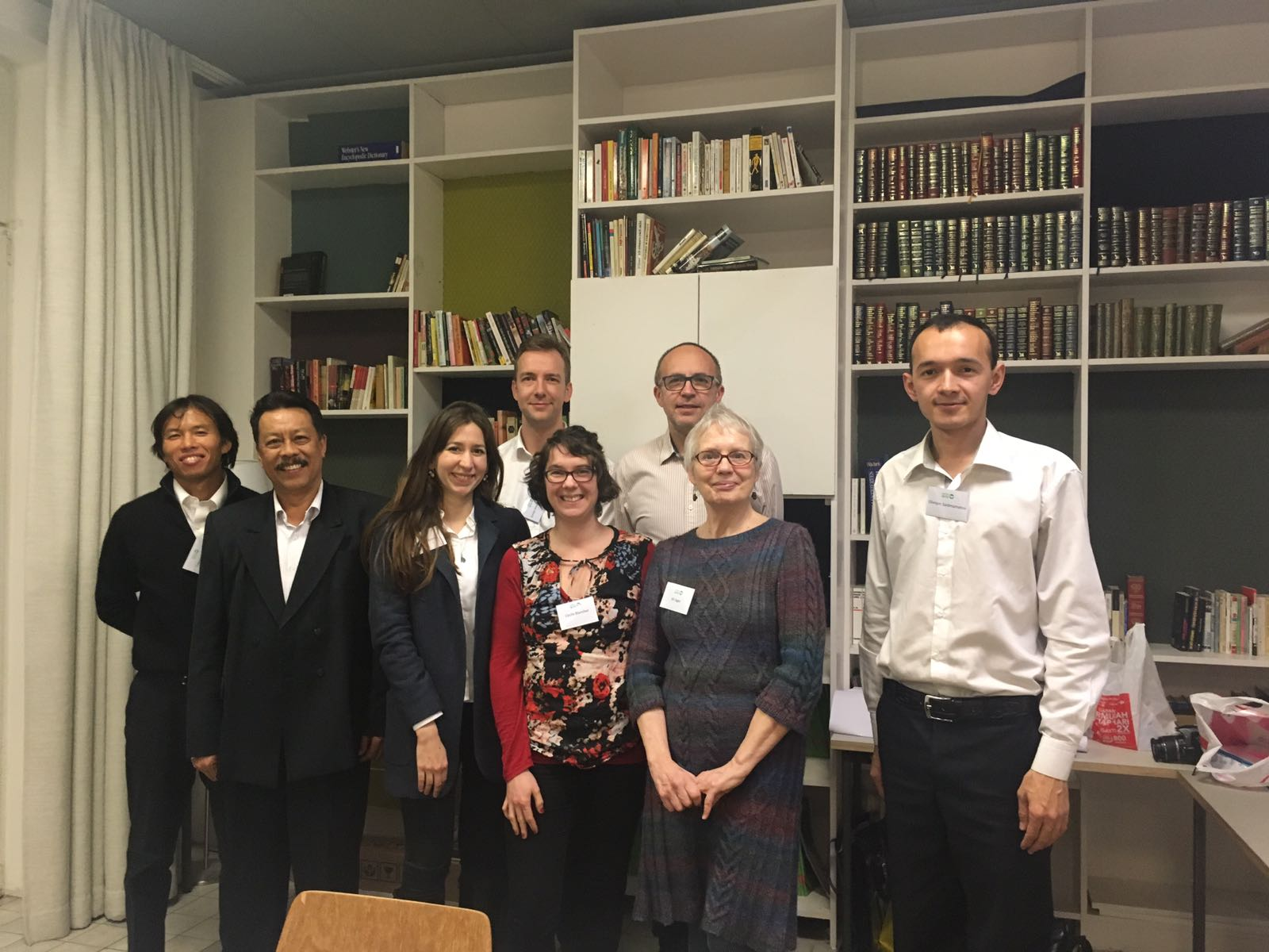 The #energy team working on #WinWinSolutions with @jaeger_jill @TakeshiTakama @OSaidmamatov and others! #GreenWinProject #DialogueWorkshop https://t.co/xKp1RerHIb