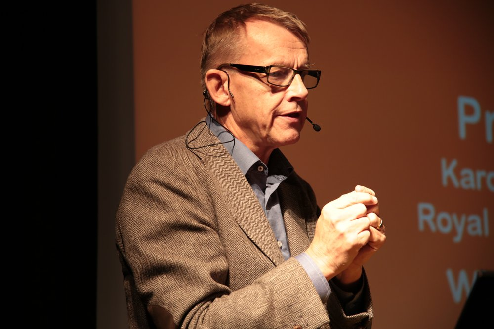 "Hans Rosling: ""A truth-teller in an age of 'alternative facts'"". He will be missed. https://t.co/cDv5Q5IV5N https://t.co/2gmLxfaHe8"