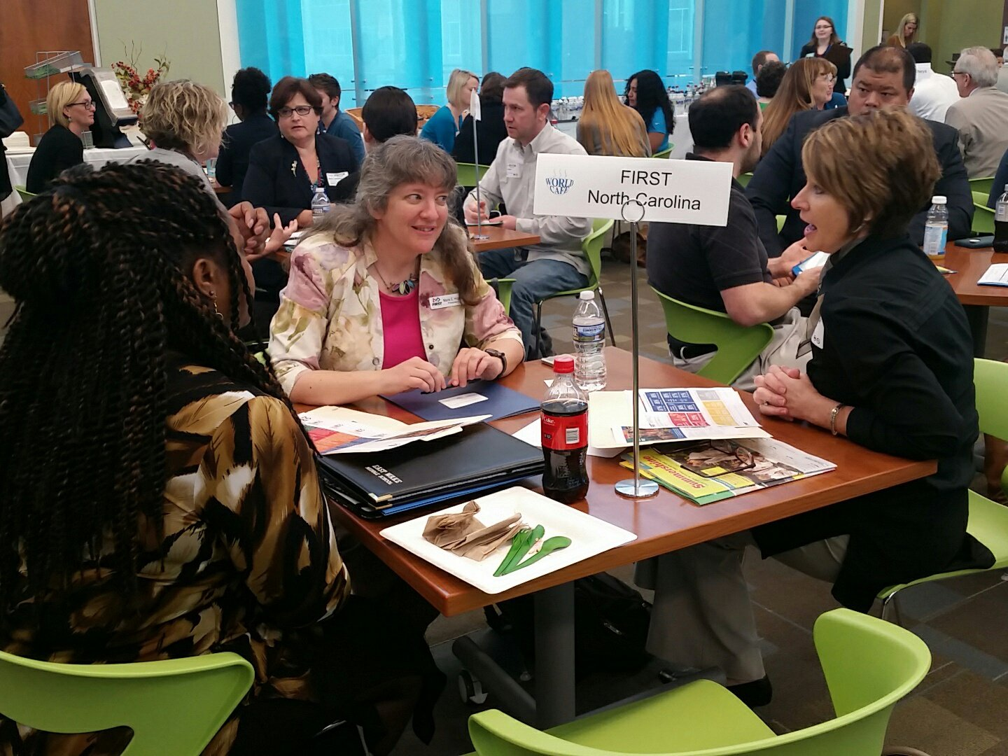 @ewmid @FIRSTNC mapping out how to engage students through robotics #WakeEdWorldCafe https://t.co/P1qK0vMv8a