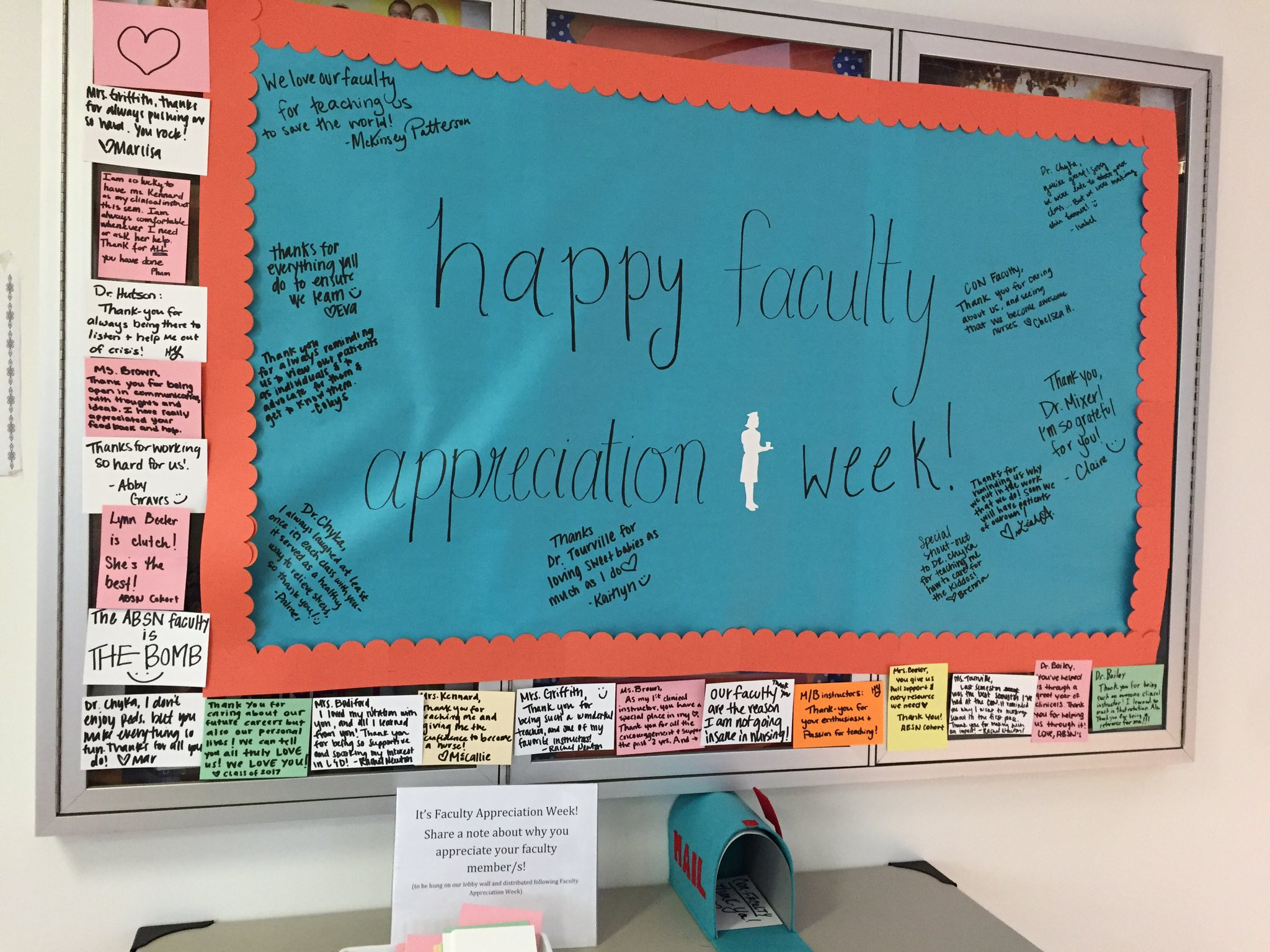 It's faculty appreciation week @utknursing ! Thanks to all who are expressing their appreciation! @UTKnoxville #volnurse https://t.co/QdNcwenb1S