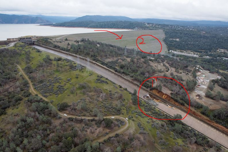 The damage to Oroville Dam spillway is serious. If you cannot spill via #1 (see  marks on pic), you risk overtopping/eroding the dam (#2). https://t.co/r0lIUdnpbQ