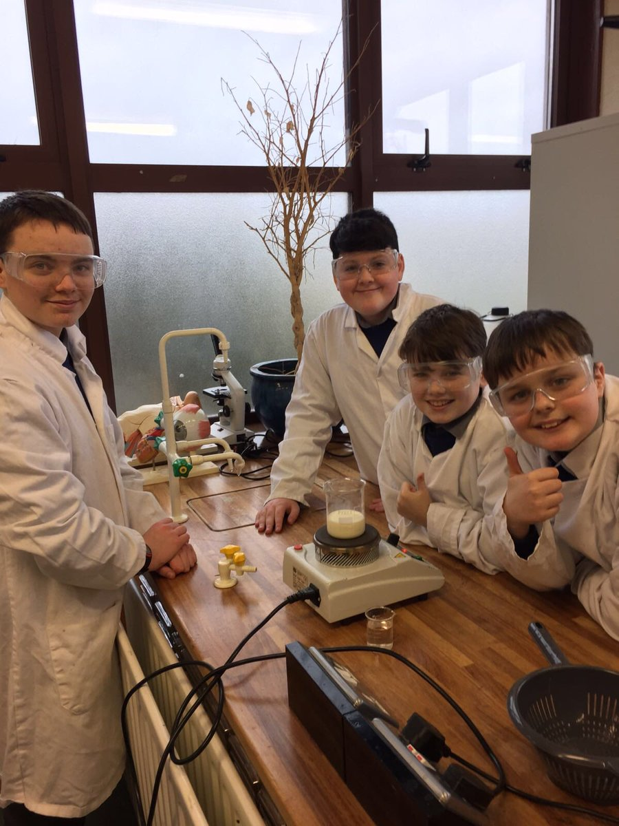 The first meeting of Science Club! Every Monday at lunch, students get a chance to carry out fun experiments and investigations.