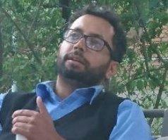 Missing: Arif Bala, 34. Last seen Feb8, 5:30am, Lawrence/Manse. 59, 140lbs, blk hair/beard gry eyes. Info? 4168084300. ^vk