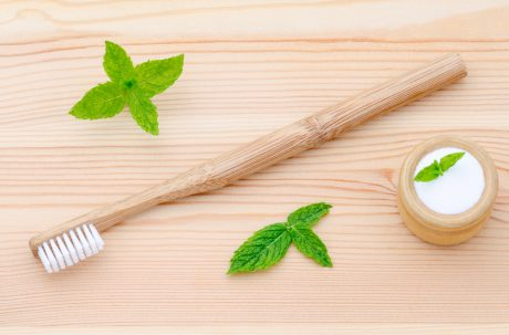 5 Natural Items for Oral Hygiene