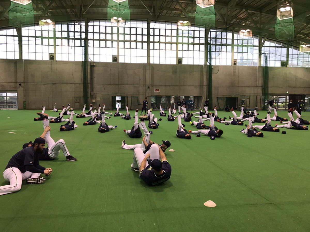 【浦添キャンプ】今日からオーレンドルフ投手も参加!#swallows