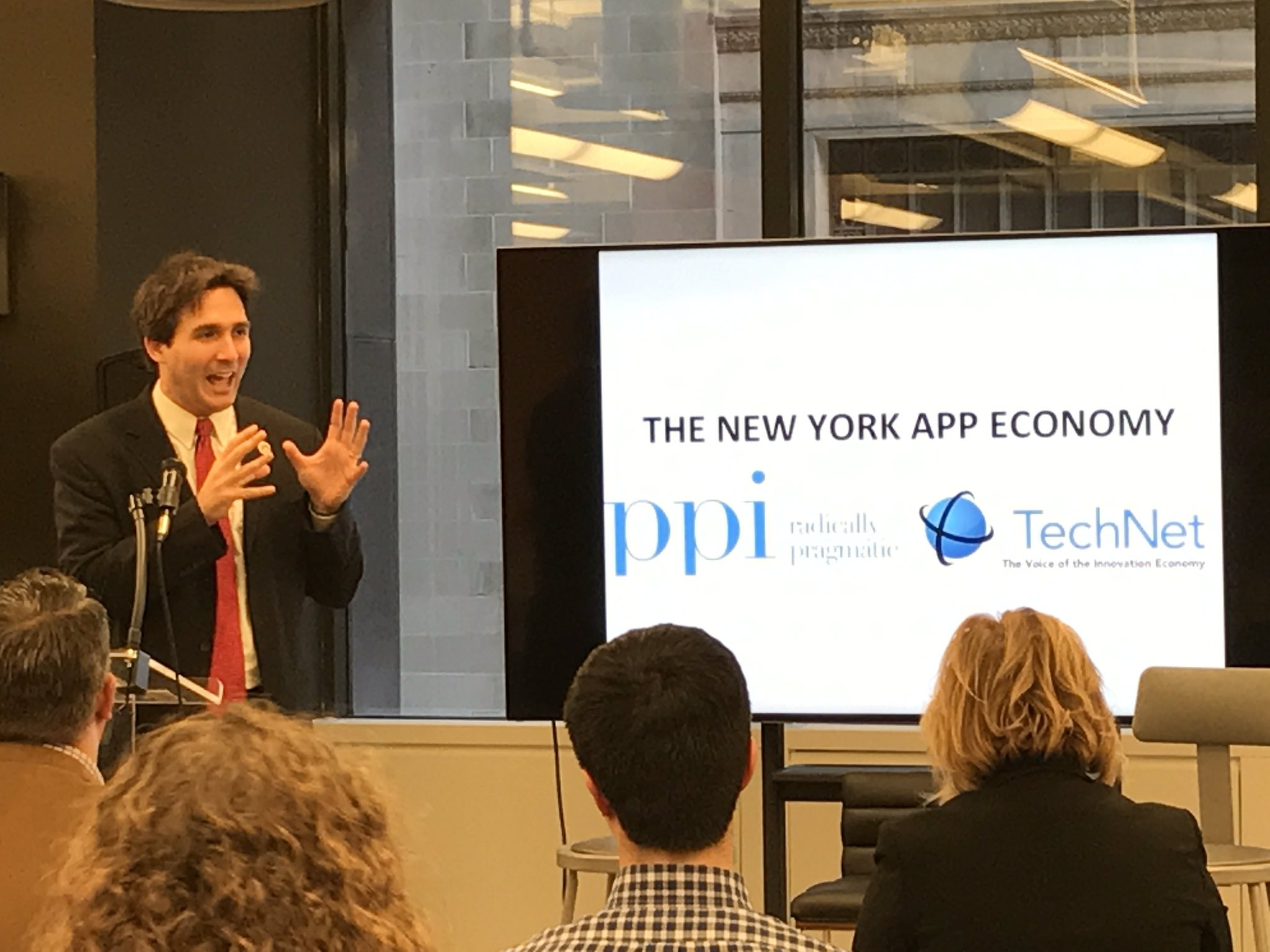 A man after my heart. @BenKallos pushing data-driven decision making in government, open source, public-private partnerships, tech for good. https://t.co/fMT5OMO5Jh