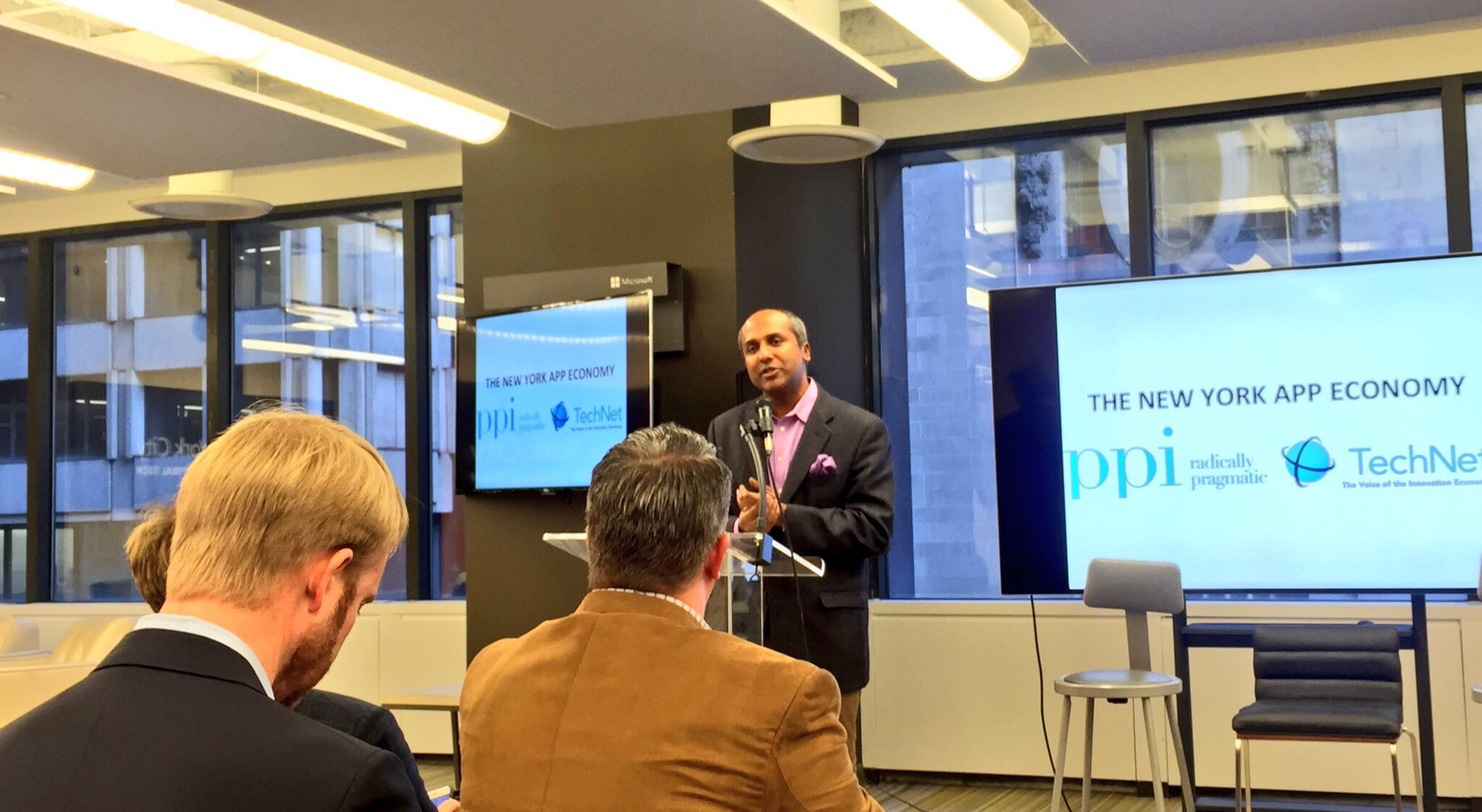 Thanks for the shoutout, @Sree! @MicrosoftNY is excited to continue helping to make The Greatest City In The World™ even better. #AppEconomy https://t.co/y6R1giyPae