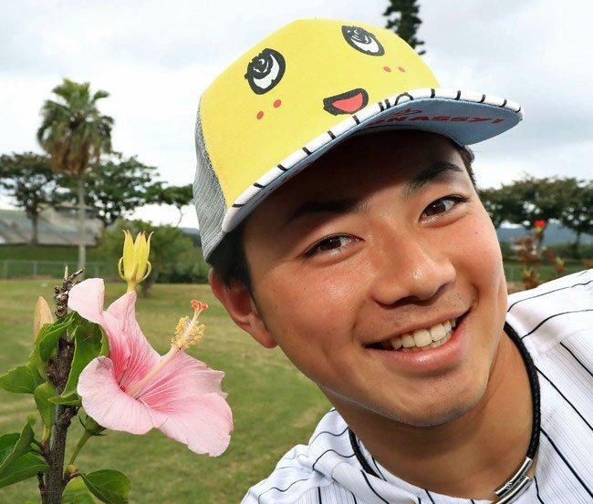 ロッテ2年目左腕の成田投手が2軍でアピール。シート打撃に登板。直球、スライダーともキレがあり、打者5…